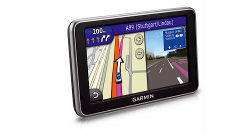 DATATRAFIKK: Garmins nye N�Link gj�r at du kan bruke Google via GPS-enheten.