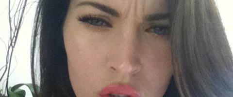 Slik svarer sexbomben på botox-ryktene