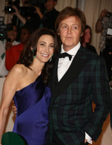 Paul McCartney skal feire bryllup p� to kontinenter