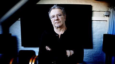 Spilte i g�r: �ge Aleksandersen avbr�t sin konsert l�rdag kveld, men mandag spilte han til minne om ofrene under minnetoget i Trondheim.  Foto: Lars Eivind Bones / Dagbladet