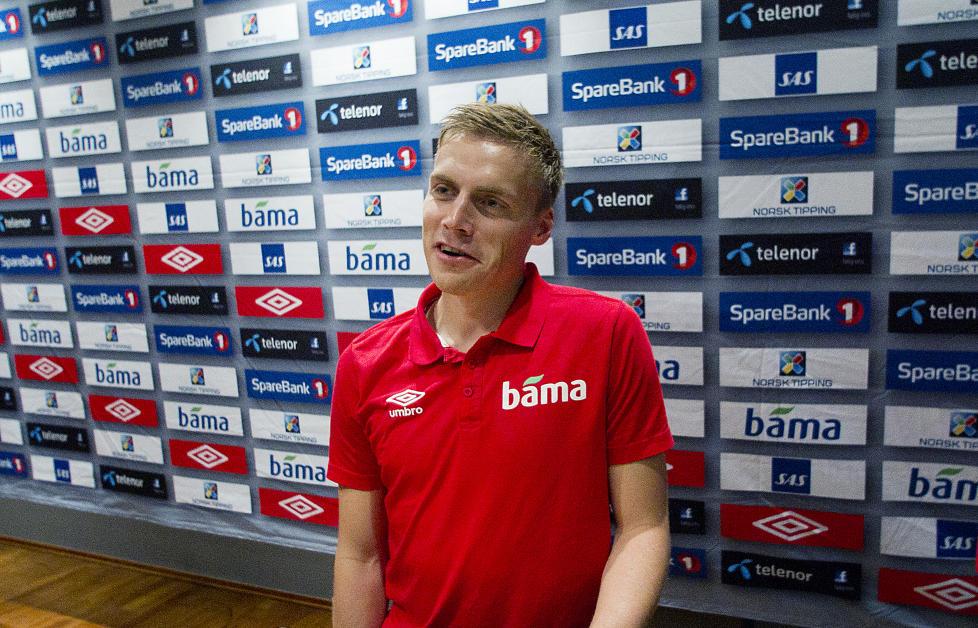 ETTERTRAKTET:  Ruben Ytterg�rd Jenssen er �nsket av en nederlandsk toppserieklubb. Her fra dagens landslagssamling p� Ullevaal. Foto: Bj�rn Langsem.