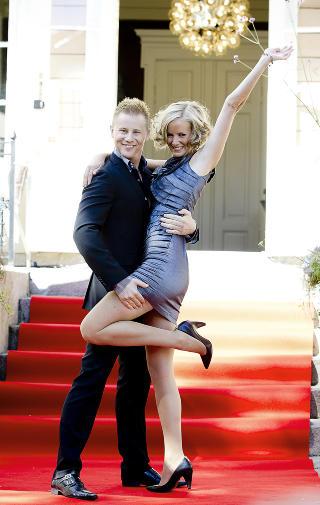 KrF-danser: Politiker Inger Lise Hansen og Lars Alexander Wiulsr�d .  Foto: Bj�rn Langsem / Dagbladet.