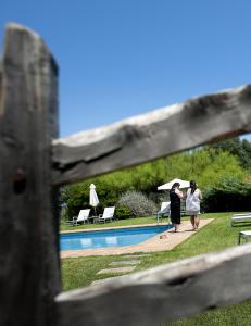 Hit r�mmer spanjolene for � slippe charterfolket