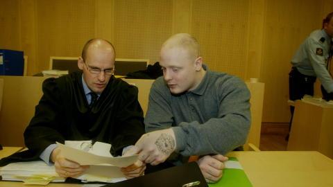 Holmlia-saken: I 2001 forsvarte han Ole Nicolai Kvisler, en av nynazistene som  drepte Benjamin Hermansen.  Foto: Bj�rn Langsem/DAGBLADET.