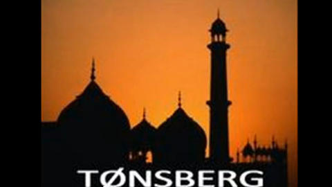 PR-VIDEO FOR NORWEGIAN DEFENCE LEAGUE: T�nsberg fremstilles som en by med minareter, muligens som et skrekkscenario. Det finnes ikke en eneste minaret i T�nsberg.