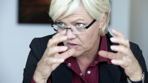 TAUS KRISTIN: Kristin Halvorsen vil overfor Dagbladet ikke kommentere Synovates siste kommunem�ling. Men denne gang er det p� grunn av stemmen, som nesten er blitt borte. Foto: Henning Lilleg�rd / Dagbladet