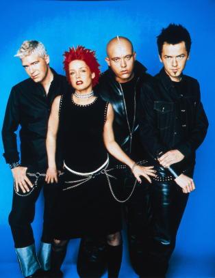 Aqua st�r for �90-tallets verste sang�