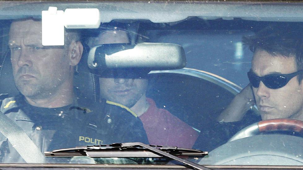 VIL F� FENGSELSSTRAFF: Terroristen og massedrapsmannen Anders Behring Breivik risikerer ikke d�dsstraff, og nordmenn flest er heller ikke tilhengere av d�dsstraff. Foto: Terje Bendiksby/Scanpix