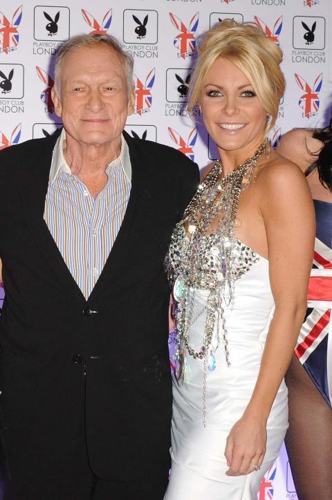 TOK SLUTT: Like f�r bryllupet fikk Crystal Harris (25) kalde f�tter og forlot Playboy-kongen Hugh Hefner (85) i beste �Runaway Bride�-stil. Foto: Stella Pictures