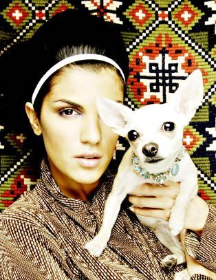 Aylar Lie gleder seg over at hundens sykdomsmareritt er over