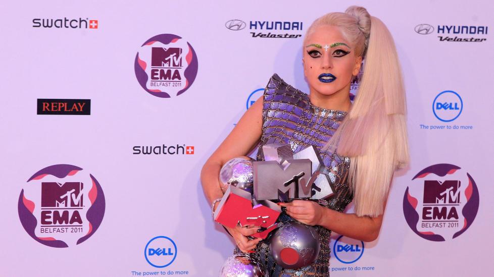 Lady Gaga le bord de la gloire midi site de téléchargement