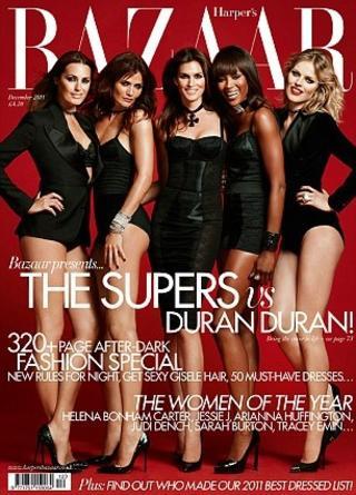 PÅ COVERET: Supermodellene Yasmin Le Bon, Helena Christensen, Cindy Crawford, Naomi Campbell og Eva Herzigova på coveret av desemberutgaven av britiske Harper's Bazaar. Foto: Faksimile / Harper's Bazaar