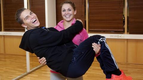 STORFAVORITT: Atle og Marianne har sanket flest poeng i h�stens �Skal vi danse� og er storfavoritt i finalen.  Foto: Torbj�rn Berg / Dagbladet
