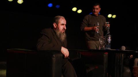 SNAKKET OM SIN IDEOLOGI:  Mulla Krekar var invitert for � snakke om sitt syn p� religion og oppfattelse av verden. Foto: HILDA NYFL�T / DAGBLADET