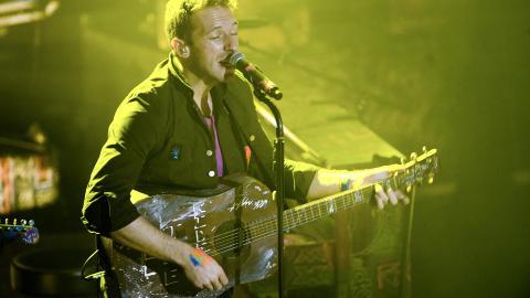 DR�MMER IKKE OM � BLI ST�RST: ... Men gjerne best, kunne Coldplay-vokalist Chris Martin fortelle. Foto: Benjamin A. Ward / Dagbladet