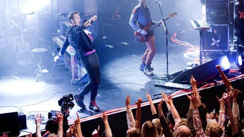 FORN�YD BAND: Etter konserten var over, la ikke bandet skjul p� at de var forn�yde. Foto: Benjamin A. Ward / Dagbladet