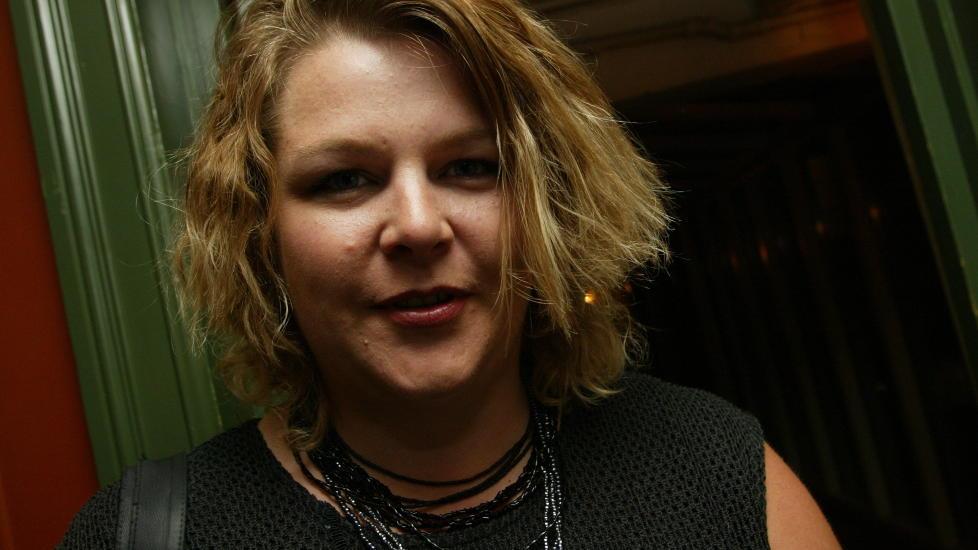 UNGDOMSBOK: May Grethe Lerum er kjent for seriesuksessen �Livets d�tre�. N� debuterer hun med en sv�rt dramatisk ungdomsroman. Foto: Ida von Hanno Bast/Dagbladet