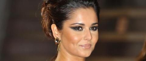 Cheryl Cole eier 2000 skopar