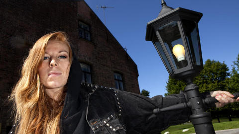 GABRIELLE: Etter � ha bedt hele Norge om � ringe henne, var det likevel andresingelen �Bordet� som snek seg inn i Dagbladets albumk�ring. Foto: Anders Gr�nneberg
