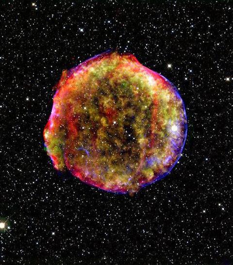 VAKKERT: Supernovaeksplosjonen var ikke bare et stilig skue, men ogs� viktig for forskningen. S�kalte type 1A-supernovaer har en forutsigbar lysstyrke, og kan dermed brukes til � m�le avstander. I tur kan dette l�se viktige sp�rsm�l innen astronomien og astrofysikken. Bildet er av restene til en annen supernova enn den som eksploderte i �r. Foto: AFP PHOTO / NASA/MPIA/CALAR ALTO OBSERVATORY/OLIVER KRAUSE