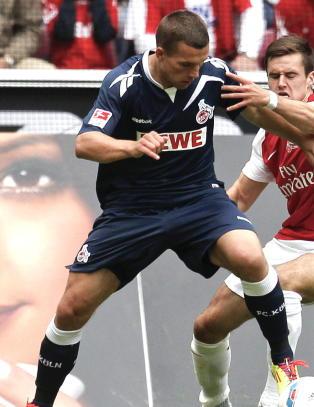 Mister St�le Solbakken stjernespiller Podolski til Arsenal?