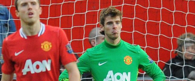 United-keeper ser ballen best p� langt hold