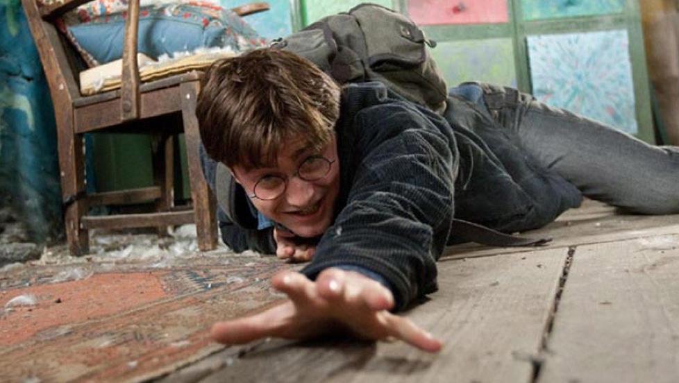 KJENT OG KJ�RT �Jeg var en fordomsfull ettern�ler, men det er ikke dagens 25-�ringer. De har vokst opp med Harry Potter, de har fr�tset i ungdomslitteratur full av bygdevampyrer, zombier og alkoholiserte varulver,� skriver kronikkforfatteren. Foto: SF Norge