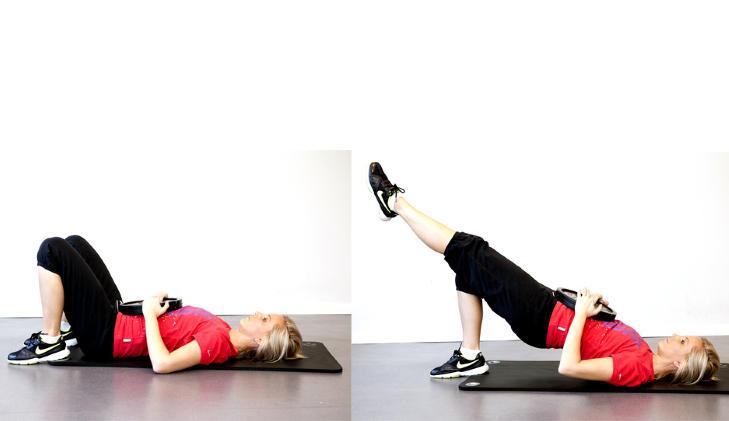 BEKKENHEV: Skyv baken opp slik at du er rett fra skuldre til kn�rne. Mens du l�fter baken opp fra  gulvet holder du et bein utstrakt i en rett linje. Senk setet opp og ned fra gulvet mens det ene beinet er utstrakt. Ta minst 8 repitisjoner f�r du bytter bein. Trener bekken, rumpe, mage, bakside l�r og rygg. Foto: Elisabeth Sperre Alnes GREVINNEHENG Fett legger seg ofte p� underarmene. Med styrketrening kan man stramme opp slappe armer. Ikke glem kondisjonstrening hvis du vil mye ned i fettprosent.