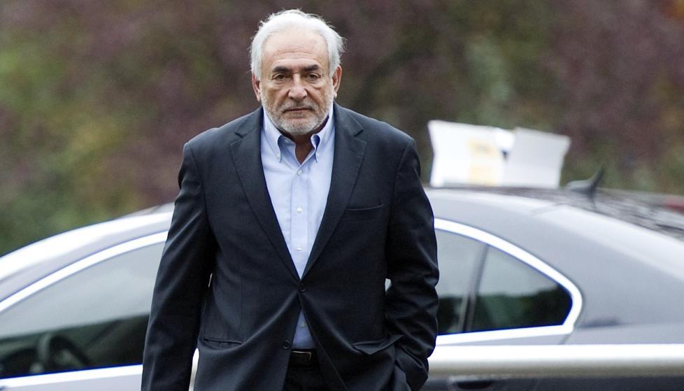 - AVH�RES: Den tidligere pengefond-sjefen Dominique Strauss-Kahn skal if�lge politikilder avh�res i forbindelse med etterforskningen av en prostitusjonsring. Foto: SCANPIX/AFP PHOTO / MIGUEL MEDINA