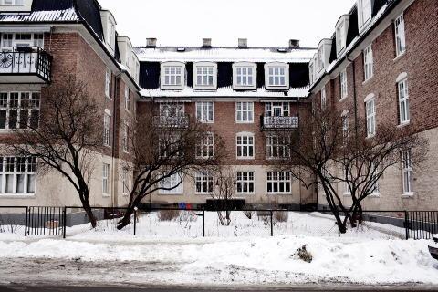 ULLEV�LSVEIEN 88 C: Var opprinnelig leieg�rd, eid av s�sknene Lossius p� Adamstuen. Seksjonert til selveierboliger og solgt p� det frie markedet p� slutten av 80-tallet. Foto: Agnete Brun / Dagbladet