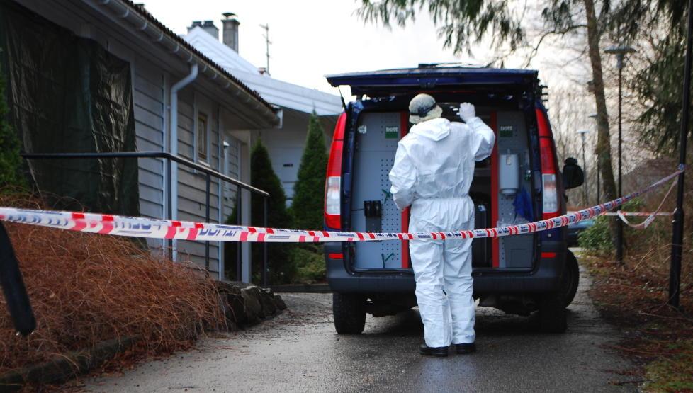 TEKNISKE SPOR: Politiet mener de har tekniske spor som knytter 18-�ringen til det brutale drapet p� Hilda Feste (98) i Os. Foto: Leif Stang/Dagbladet