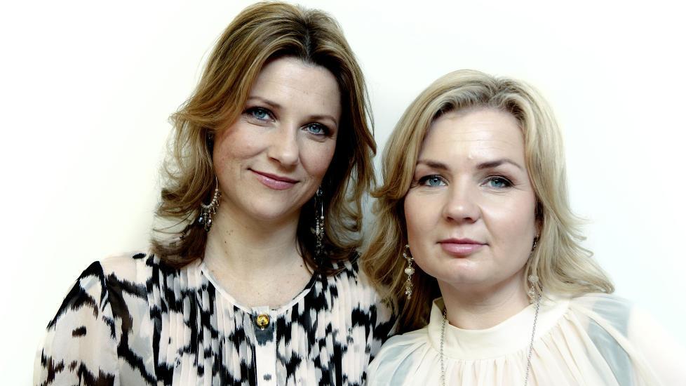 FLYR H�YT:Prinsesse M�rtha Louise har sammen med Elisabeth Nordeng skrevet �Englenes hemmeligheter�. Foto: Lars Eivind Bones / Dagbladet