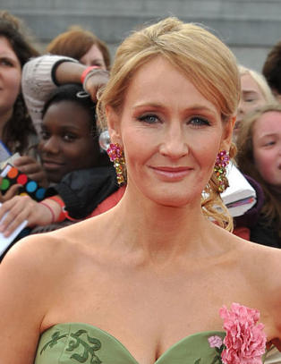 J.K. Rowling skriver ny bok for voksne