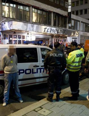Politiet sl�r alarm: Fotballp�blene blir yngre og mer brutale