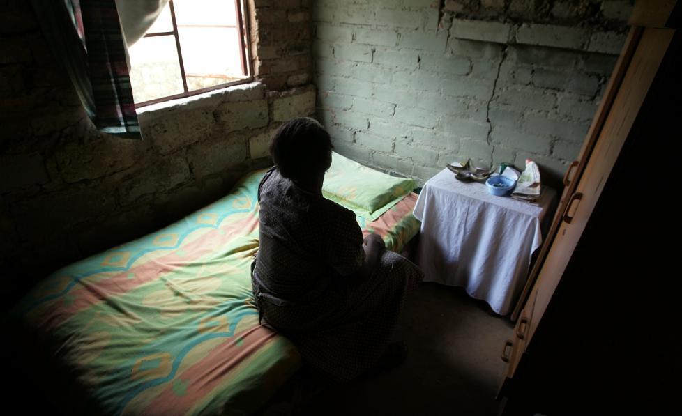 - UNNSKYLD, NORGE: - Vi i familien til �Mancane� er fryktelig lei oss, og vi ber hele Norge om unnskyldning for rovmordet p� Johanna Moore, sier Maria, mor til en av mennene som er siktet for � ha tatt livet av norske Johanna Moore i S�r-Afrika. Foto: TORBJ�RN SELANDER / DAGBLADET