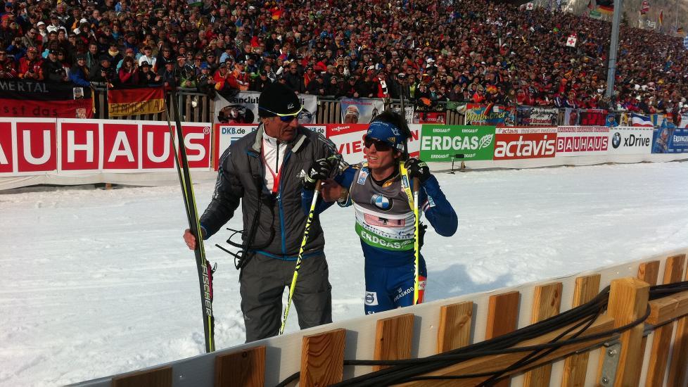 HELSVART DAG FOR DEBUTANTEN: Ted Armgren lovet seg selv � aldri g� en 1. etappe igjen som 13-�ring, i dag fikk vi se hvorfor. Foto: Sigve Kvamme/Dagbladet