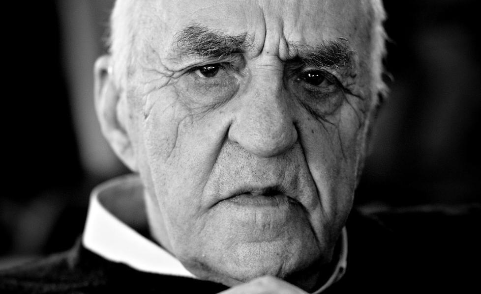 — HAR BEVISBYRDEN:  S� lenge Sn�samannen ikke er villig til � v�re med p� kontrollerte fors�k for � bevise at han har paranormale evner, s� m� vi anta at han er en sjarlatan som er klar over at han forleder folk, skriver kronikkforfatteren. Foto: Lars Eivind Bones  Foto: Lars Eivind Bones / Dagbladet