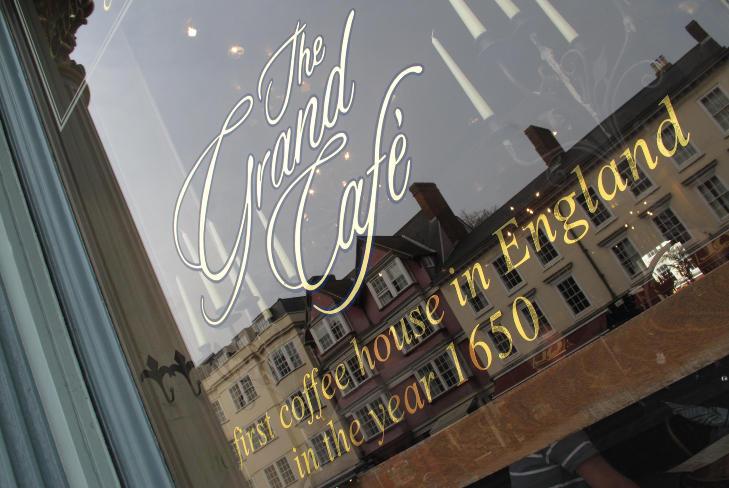 GRAND: Ærverdige Grand Cafe er vel verdt et besøk. Foto: GUNNAR RINGHEIM