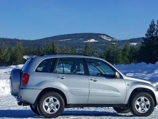 TOYOTA RAV4: Er blant de mest popul�re SUV-ene, dermed blir ogs� prisene h�yere.
