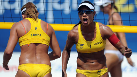 BRASIL: Juliana Silva og Larissa Franca fra Brasil. Foto: AFP PHOTO/Juan Barreto