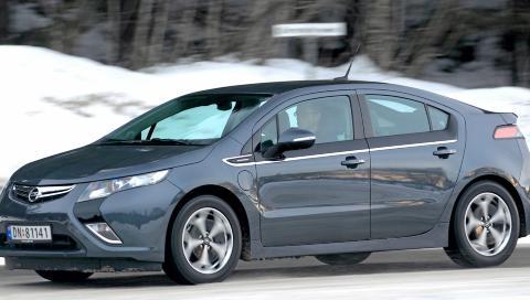 BEST P� BATTERI: Opel Ampera er f�rst og fremst drivstoffgjerrig p� kortere turer.
