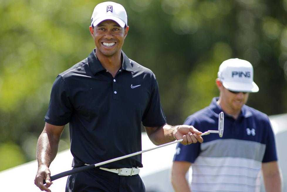 SMERTEFRI: Tiger Woods merker ingenting til akillesproblemene han har slitt med den siste tida, og spiller solid golf under Arnold Palmer Invitational.Foto: SCANPIX/REUTERS/Joe Skipper