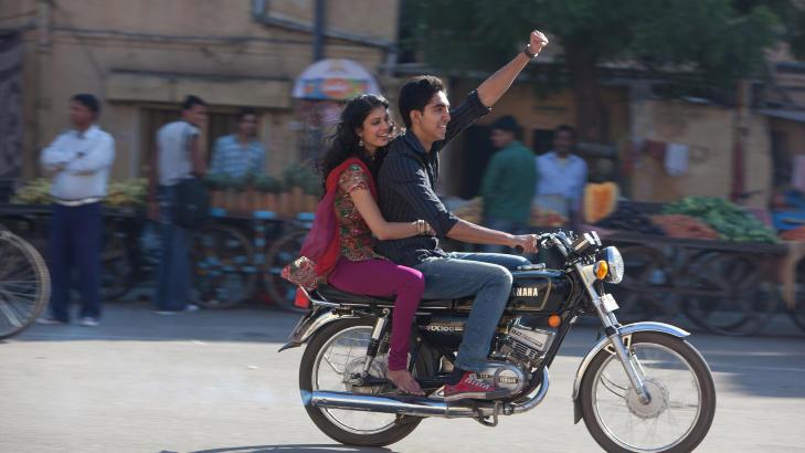 KJENT OVER NATTA: Dev Patel etter Slumdog Millionaire. Foto: Scanpix.