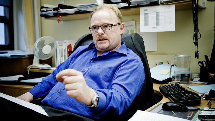 LIVET UT: Justiskomiteens leder Per Sandberg tror Breivik vil sitte bak l�s og sl� livet ut. Foto: Bj�rn Langsem / Dagbladet.