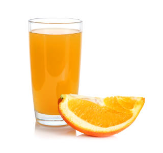 MINDRE FRUKTOSE: Velg appelsinjuice fremfor eplejuice. Foto: Colourbox