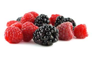 SPIS LITT B�R: De inneholder mindre fruktoseoverskudd enn mange frukter. Foto: Colourbox