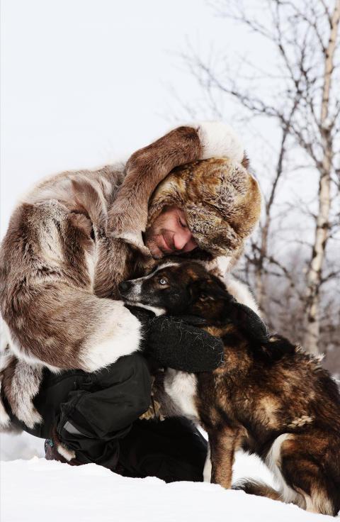 ROBINSONEKSPEDISJONEN VINTER: I denne runden av TV3s �Robinsonekspedisjonen� befinner Christer Falck og gjengen seg i det iskalde Rauland i Telemark. Foto: TV3