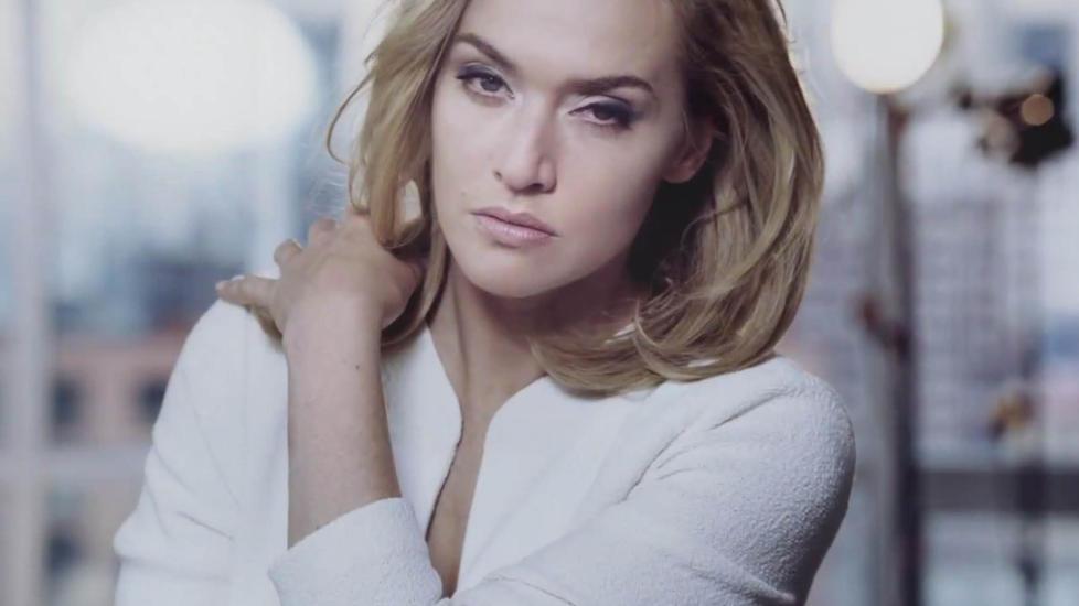 SKUESPILLER: Kate Winslet ble superstjerne verden rundt da �Titanic� kom i 1997. L�ta �My heart will go on� ble ogs� en super-hit, men Winslet har et heller ambivalent forhold til sangen. Foto: Stella Pictures