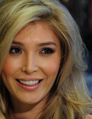 Kj�nnsopererte Jenna slo tilbake mot Donald Trump
