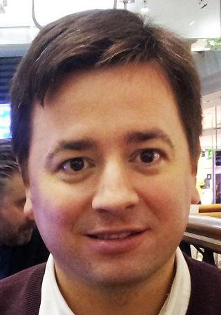 INVESTOR: Federico Piergentili (38) fra Argentina, bosatt i Asker, investerte 1 000 euro, ca 7 500 norske kroner i «Iron Sky». Foto: Privat